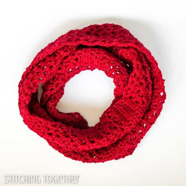 Coco Quick Crochet Infinity Scarf Pattern