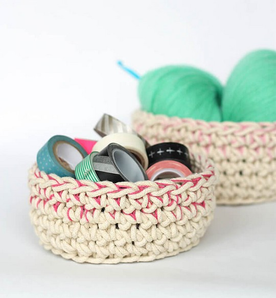Color Block Crochet Baskets Free Pattern