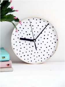 DIY Moon Clock Ideas