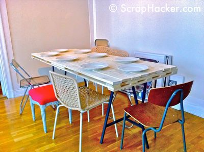 DIY 30£ Pallet Dining Table Idea