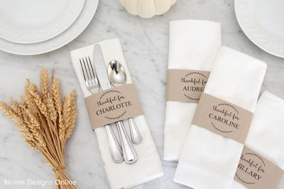 DIY Editable Thanksgiving Place Cards
