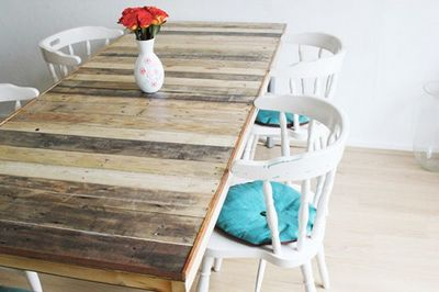 DIY Pallet Door Dining Table With A Rustic Touch