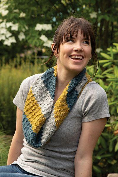 Free Crochet Scandi C2C Cowl Pattern
